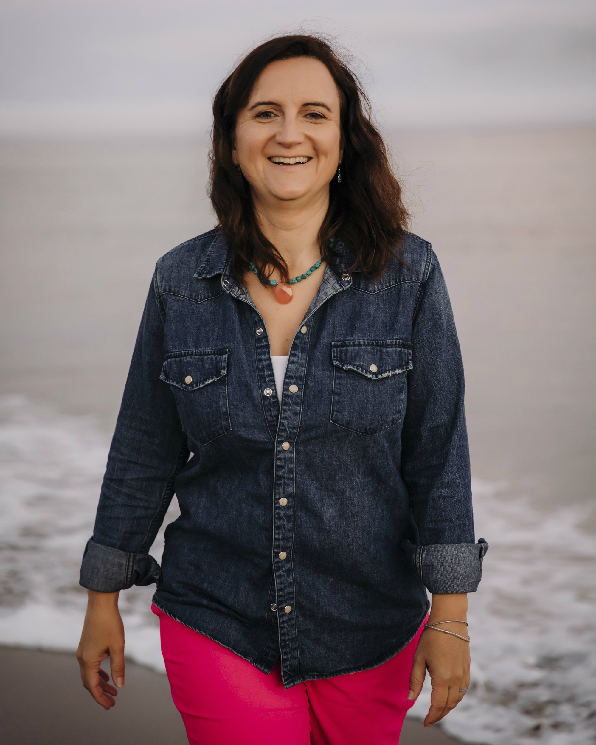 Image of Yvonne Gray owner of Wunderbirth by the beach in Santa Cruz Monterey Doula & Lactation Counselor - Yvonne Gray Wunderbirth